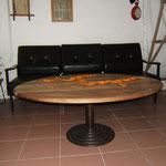 """Table ovale plateau """"vieux noyer"""" pied central métal lourd Ht 47cm diam 98/124cm"""