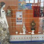 vitrine de l'avant-scène Espace culturel Leclerc Saintes