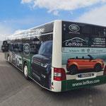 Busbeschriftung Vollverklebung Digitaldruck Landrover Leifkes Münster Buslinie