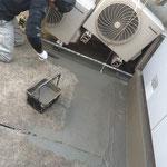 千代田区 商業ビル 屋上防水 エアコン室外機処理