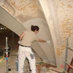 Putzsanierung im Gewölbe des Kirchenschiffs