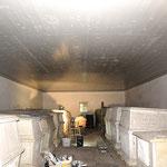 Bild 9: Endzustand Innenraum. Fassung nach Befund. Wandfläche in Kalktechnik. Deckenfläche - Holzpaneele in Leinölfarbe.