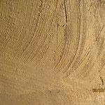 Lehmputzfläche als Untergrund für nachfolgenden Kalkverputz.