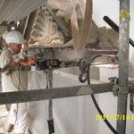 Austausch von korrodierten Metallbauteilen gegen verzinkte Stahlträger einschließlich dem Ausbau und Wiedereinsetzen / Sichern der betreffenden Fassaden-Zierelemente, aus Natur-Werkstein.