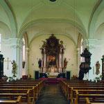 Ausstattungsensemble nach der erfolgten Restaurierung Hoch- und Seitenaltäre, Kanzel
