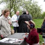 Sabine Ebert Autogrammstunde (Foto Klaus Krowiorsch)