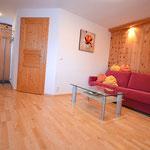 Wohnzimmer mit Vorraum