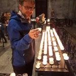 Ein Kerzchen für den Stein