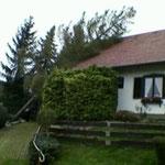 Das Wohnhaus blieb zum Glück vor großem Schaden verschont.