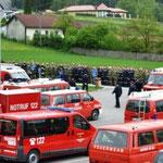 Übungseröffnung - 300 Mann in Reih und Glied.