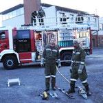 ...sowie des hydraulischen Rettungsgeräts sind im Einsatz wesentlich.