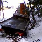 Die missliche Lage des Abschleppwagens.