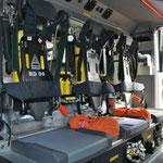 Der Mannschaftsraum mit den Atemschutzgeräten.