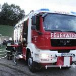 Löschwasserversorgung für das Tanklöschfahrzeug.