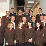 Ehrengäste und angelobte FF-Mitglieder.