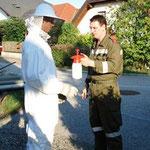 Die Vorbereitungen zur Insektenbekämpfung.