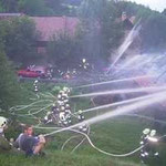 Massiver Löschangriff der Feuerwehren.