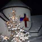 Traumhafte Idylle bei der Dorfkapelle am Silvestertag