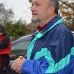 Vizebürgermeister Josef Wagner begrüßt die vielen Wanderer