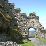 Tintagel, König Arthurs legendärer Geburtsort, als Schüler des Merlin?