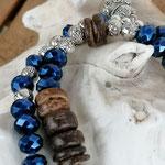 Mala Armband Armkette Kette Esha mit dunkelblauen facettierten Acrylperlen, dunkelbraunen Kokosrondellen, Metallperlen & 2 kleinen Katzenanhängern, zweisträngig