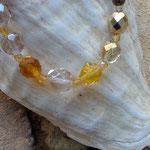 Damen Perlenkette Kassandra mit weissen, gelben, braunen und orangen Glasperlen, bronze Metallperlen und durchsichtigen, facettierten Glasperlen