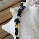 Kinder Mädchen Halskette Perlenhalskette Perlenkette Luana mit schwarzen Lavasteinsplitter Perlen, div. Perlmuttperlen in pink, violett, blau, türkis & Drahtsilberperlen & schwarzer Glitzerperle