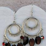 Kronleuchter Ohrringe Antiksilber mit roten Geburtsstein Anhänger und dunkelbraunen Acrylperlen Blättchen