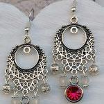 Kronleuchter Ohrringe Antiksilber mit rosa Geburtsstein Anhänger, weissen Polarisperlen, silbernen Blumenrondellen und Drahtsilberperlen