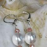 Perlen Ohrringe Ohrhänger Avantasia mit 10mm weissen Renaissance Perlen und lachsfarbenen facettierten Glasperlen und Briseverschluss