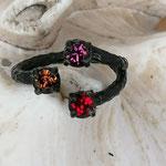 Fingerring Ring Jadis schwarz oxidiertes Messing mit rosa pinker Ruby, roter Red Magma und oranger Light Topaz 4mm Swarovski Steinen verstellbar