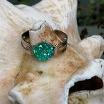 Kinder Mädchen Fingerring verstellbar Green mit glitzernder Cabochon Harzperle in grün, Innendurchmesser 19mm