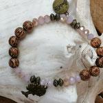 Mala Armband Armkette Kette Harleen mit hellbraunen Kokosperlen, rosa facettierten Glasperlen, bronze Metallrondellen, Anhänger Baum des Lebens in Bronze