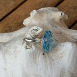 Fingerring Ring Rinaewen mit 20mm grosser hellblauer Cabochon Glasperle mit Blumen verstellbar