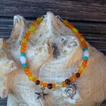 Fusskettchen für Kinder Mädchen Sole della sera mit 3mm orangen, gelben, türkis & dunkelbraunen Glasperlen, ovalen weissen Glasperlen & Delphin sowie Stern Anhänger aus Acryl & Antiksilber