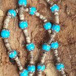 Retro Boho Ethno Engel Perlenhalskette Perlenkette Damen Halskette Angel of Freedom mit Engelsflügel Anhänger, türkis 10mm Howlith Steinperlen, Kokosrondellen & Perlkappen
