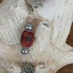 Schlüsselanhänger Baum des Lebens Lebensbaum mit roter Kashmiriperlen mit Blumen und Sternen, silbernen Glanzperlen und rosa facettierten Glasperlen