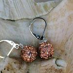 Perlen Ohrringe Miranda mit apricotfarbenen glitzernden Polymerperlen und Briseverschluss, nickelfrei