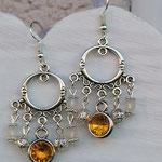 Kronleuchter Ohrringe Antiksilber mit gelben Geburtsstein Anhänger, weissen Polarisperlen, silbernen Blumenrondellen und Drahtsilberperlen