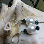 Perlen Ohrringe Ohrhänger Bella Pincipessa mit 12mm weissen Renaissance Glaswachs Perlen, grünen facettierten Glasperlen und Briseverschluss