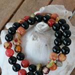 Zweireihiges mehrsträngiges Perlenarmband Perlenkette Armkette Armband mit schwarzen und roten Steinperlen, indianischen Holzperlen, gelben Glasperlen, bronze Acrylrondellen