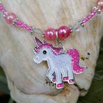 Kinder Mächen Perlen Halskette Sugar mit Einhornanhänger, kleinen durchsichtig pinken Glasperlen, rosa und pinken Acrylperlen, rosa Glanzperlen, silbernen Blumenrondellen