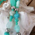 Ethno Boho Retro lange Halskette Perlenkette mit Hexagon Anhänger in Antiksilber und Türkisstein blaue und türkis Glasperlen Modeschmuck Halsschmuck Schmuckatelier Metallperlen