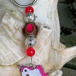 Schlüsselanhänger Einhorn Nosey mit Schmuckperle hellbraun und pinken Acrylperlen sowie Drahtsilberperlen