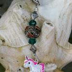 Schlüsselanhänger Einhorn Thunder Hair mit Schmuckperle dunkelbraun und weissen Strassperlen, petrolblauen facettierten Acrylperlen und Metallperlen
