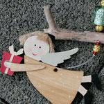 Weihnachts Adventsgirlande Weihnachtsdekoration Schwemmholz Treibholz Girlande Mobile Windspiel Tür-, Fensterdeko mit Engelanhänger, goldenen Drahtperlen, grünen Lampworkperlen