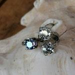 Fingerring Ring Idhril Antiksilber Messing mit Crystal und Saphir Shimmer 6mm Swarovski Steinen verstellbar