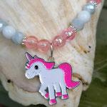 Kinder Mächen Perlen Halskette Honeymoon mit Einhornanhänger, weissen und rosa Acrylperlen, grauen facettierten Glasperlen und silbernen Blumenrondellen