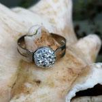 Kinder Mädchen Fingerring verstellbar Diamond mit glitzernder Cabochon Harzperle in weiss, Innendurchmesser 19mm
