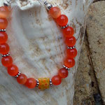 Kinder Mädchen Perlen Armkette Orange cat's eye mit 6mm orangen Katzenaugen Glasperlen, Blumen Metallperlen und orange 8mm Mille Fiori Glasperle in der Mitte